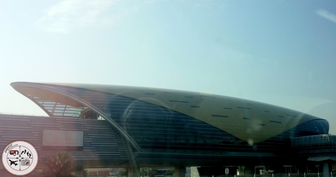 Dubai Subway Station #DubaiMetro #DubaiUAE #traveltips #travelblog #exquisitEXPLORATIONS #ilovesubways #publictransportation